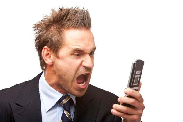 В телефоне не слышно собеседника - что делать?